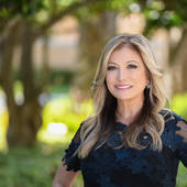 "Linda Gustafson, Linda ""G"" Gustafson PA (ONE Sotheby's Int'l Realty Miami Beach)"