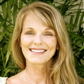 Bonni Aeder (Equity One Real Estate, Inc., Paia Office)