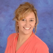 Lisa Bear (RE/MAX REALTY CENTER)