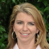 Lisa Huddleston (Lisa Huddleston Interiors & Home Staging, LLC)