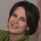 Holly Battaglia (Holly's Home Matters, LLC)