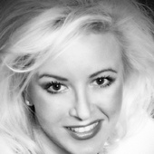 Helen Michel, High Rise/Luxury Home Expert (Simply Vegas)