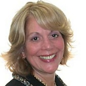 Renee Gast (Davis Realtors)