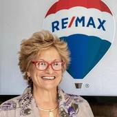 Sandy Bliven, e-PRO, Westerly RI Real Estate (Re/Max South County)