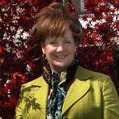 Kathie Moore (Crye-Leike REALTORS)