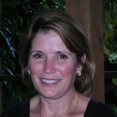 Pam Hills, ASP/IAHSP- Stager Miami, FL, Creative Minds Innovatively At Work (Innovative Artistry)