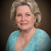Karen Casey-Cave, Re/Max Realtor with 34 years of experience (Re/Max)