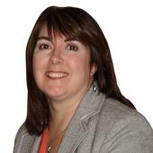 Karen Hubert, Home Stager (Center Stage Design-real estate staging, Ancaster/Hamilton)