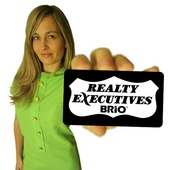 Ashley Berg, Seattlenulls Green Real Estate Agent (Realty Executives BRIO)