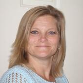 Laura Resnick, Carol Stream, IL 630-975-0615, RE/MAX Unlimited (RE/MAX Associates West   Bartlett, Il. 60103)