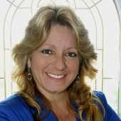 Frances Bell, Lifestyle Specialist (Southwest Coastal Florida )