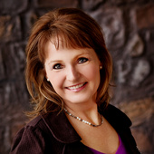 Peggy Reed (Crown Realty)