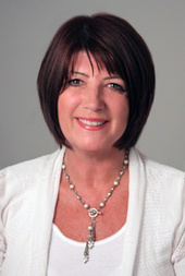 Lynne Hale, Luxury Waterfront Expert! (Re/Max Preferred)