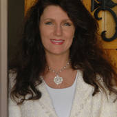 Libby Baier-Beckwith, Real Estate Agent serving Phoenix & Scottsdale (Realty Executives)