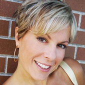 Sharon Colona (St. Louis Realty)