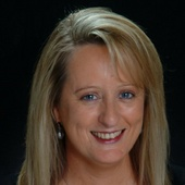 Aileen La Bouff (Coldwell Banker)