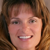 Susan Prouty (Coldwell Banker Monsees Realty)