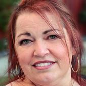 Nadine Larder, Real Estate Marketing Expert and CEO/Founder of Pr (www.PrinterBees.com)