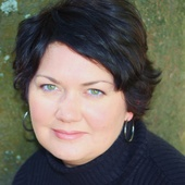 Tiffany Courdin (Ready To Sell Home Staging & Organizing)