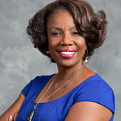 Andretta Robinson, Real Estate Broker - Chicago South Suburbs (ReMax 10)