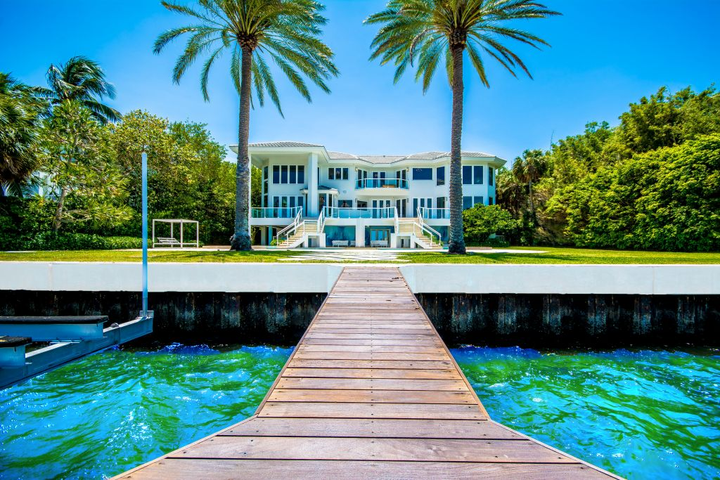 Miami Luxury Real Estate Is In Very High Demand, At Least According To The  Miami Association Of Realtorsu0027s Most Recent Quarterly Update.