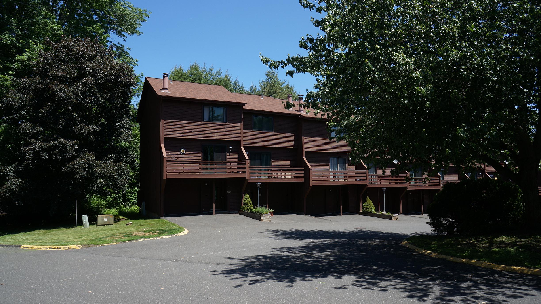 Danbury Ct Real Estate Amp Condos For Rent Autumn Ridge