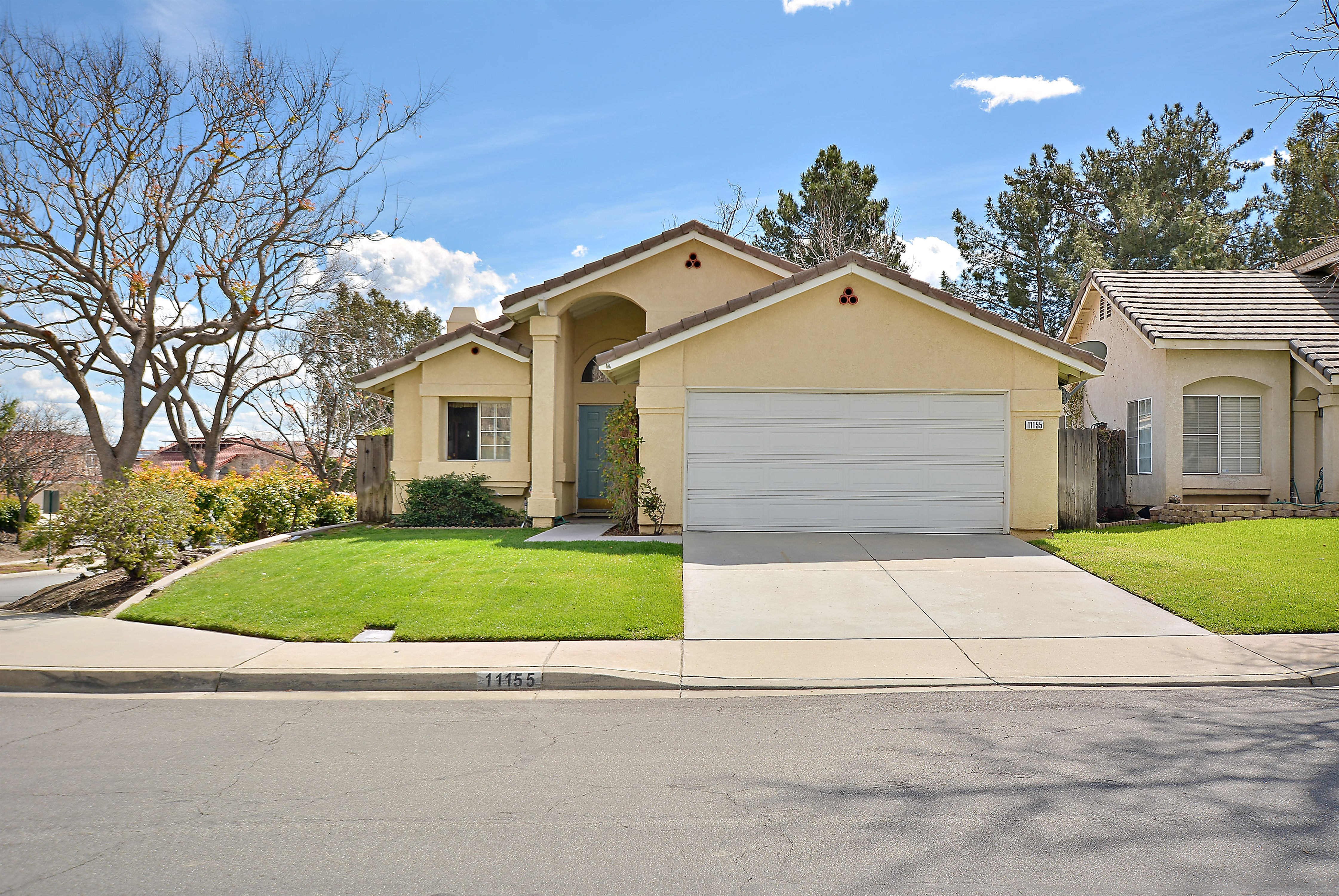 Great Single Story Home Just Hit The Market In Rancho Cucamonga!! This  Beauty Features 3 Bedrooms, 2 Bathrooms And 1,029 Sq Ft Of Living Space.