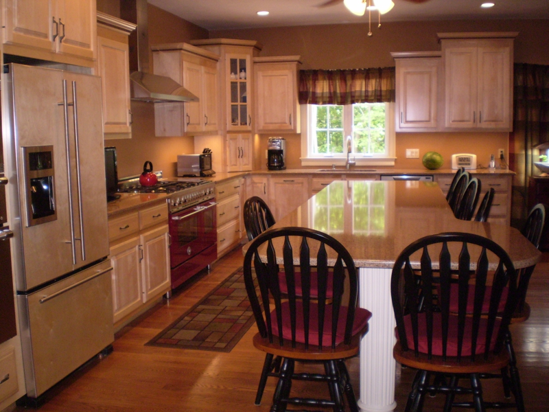 Detached condos at palladini village in franklin ma 02038 for Updating ranch style homes interior