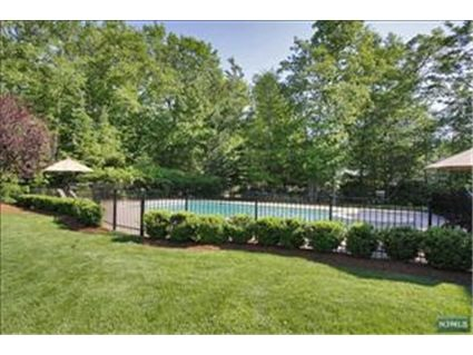 Cresskill NJ House for Sale Pool