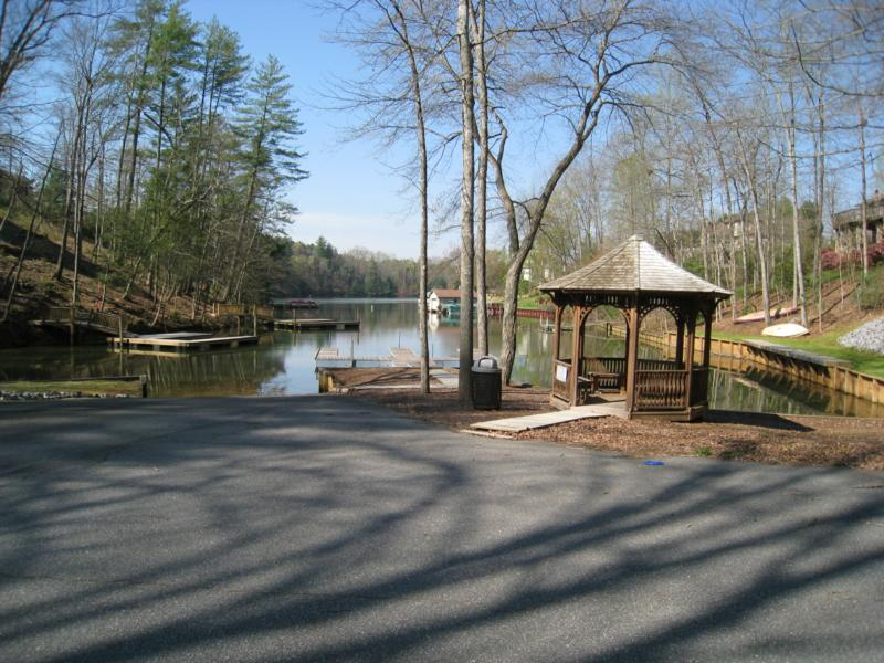 Lake Community of Olivers Landing