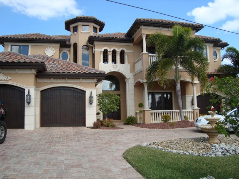 Southwest Florida Cape Coral Luxury Waterfront Estate