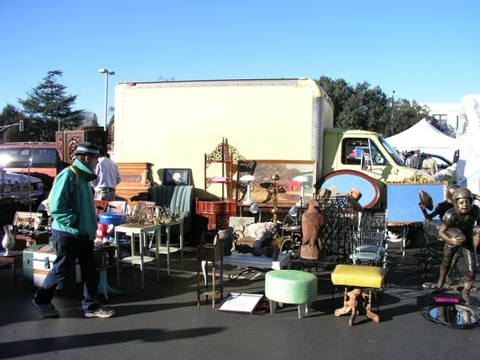 pasadena city college antique swap meet