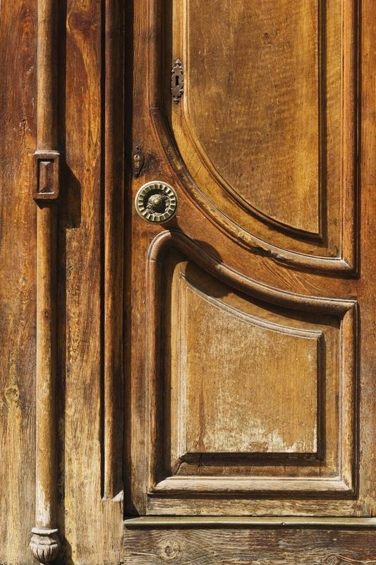 A door that needs some work in Spring TX