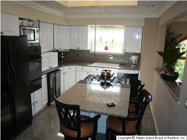Staten Island Two Family Kitchen
