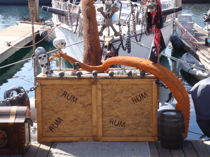 pirate ship close up in Redondo Beach CA