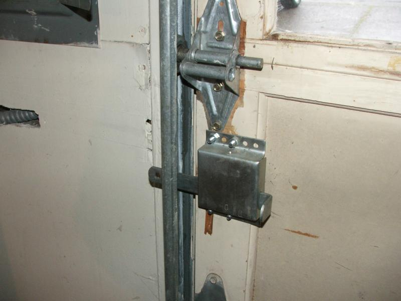 Can You Lock Your Garage Overhead Door