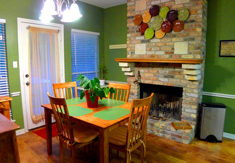 "WOnderful Dining space with ""double sided fireplace!""Bring the horses! TX beauty on 2.5ac fenced , 9661 Roda, Open House TODAY 1-22-2012, Conroe TX, 2.5ac, built in 2006, 3br/2ba, keller williams conroe, mari montgomery realty, homes for sale real estate"