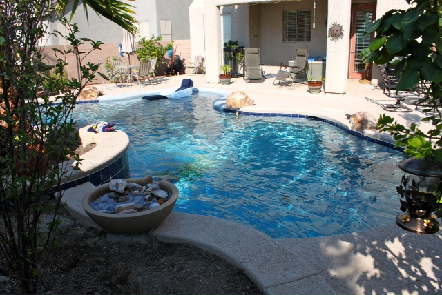 Homes with swimming pools for sale in summerlin las vegas for Home for sale in las vegas with pool
