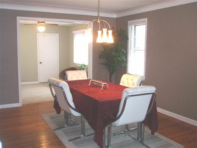 2378 Charney Road dining room
