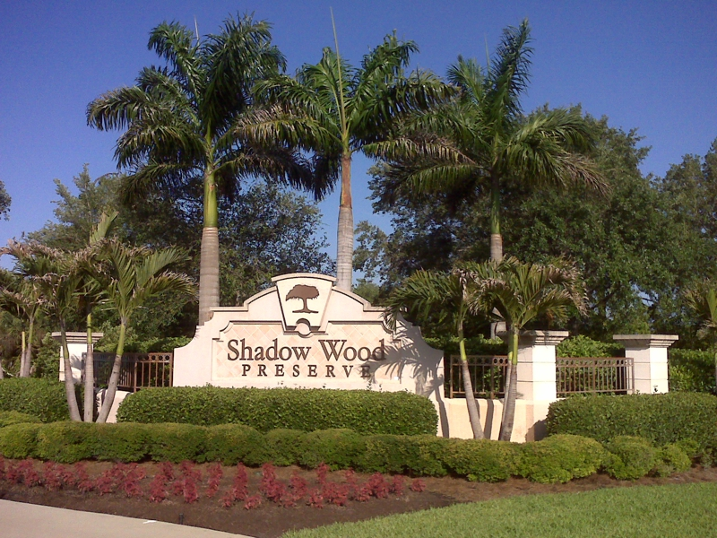 Foreclosures in Shadow Wood Country Club