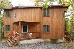 Wallenpaupack Lake Estates Contemporary Home