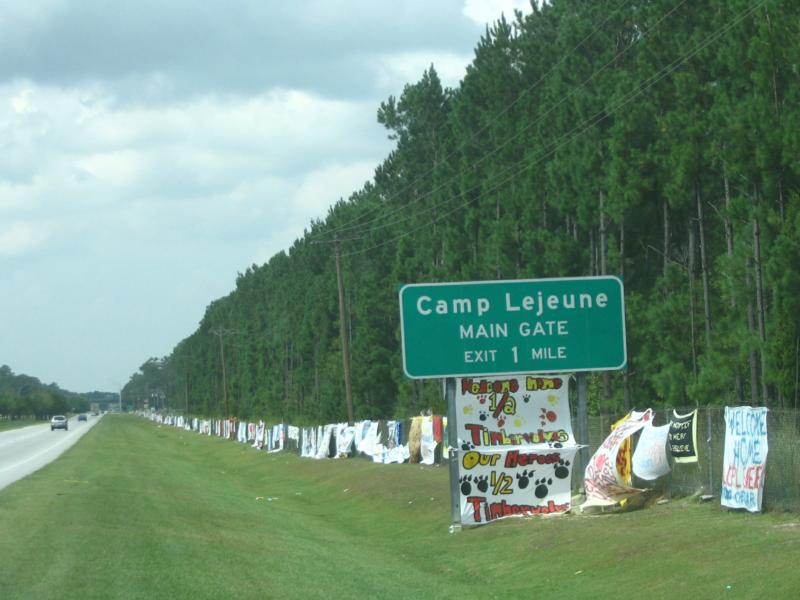 Camp lejeune hubert swansboro jacksonville onslow for Welcome home troops decorations