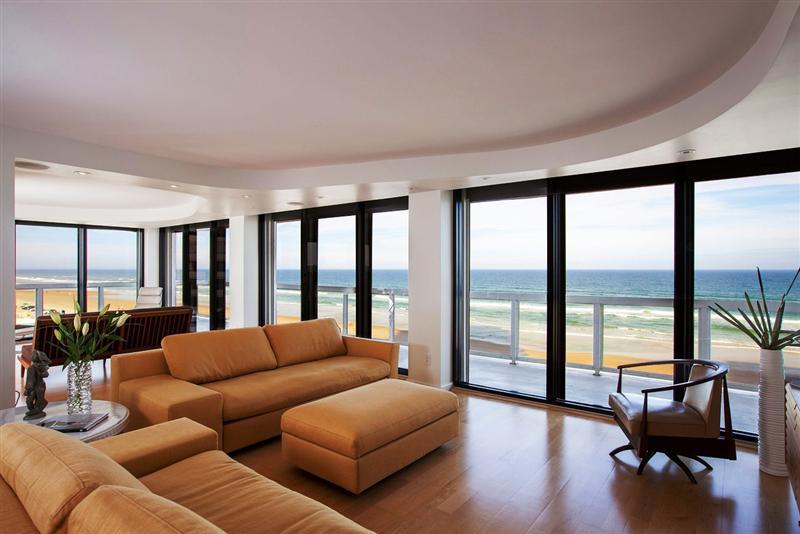 Joyce Marsh - Coastal Luxury Lifestyle Blog
