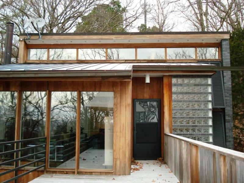 James Lambeth designed home on Mt. Sequoyah in Fayetteville, AR!