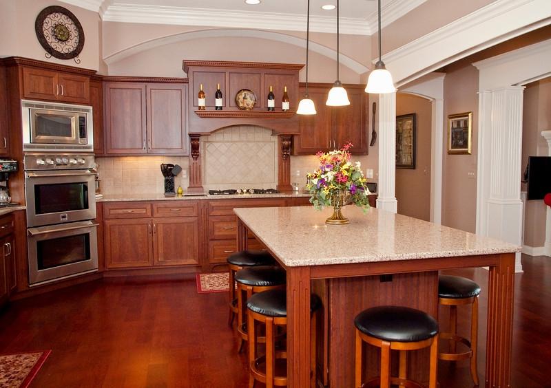 Custom Designed Executive Home On 5 Acres Near Southwest