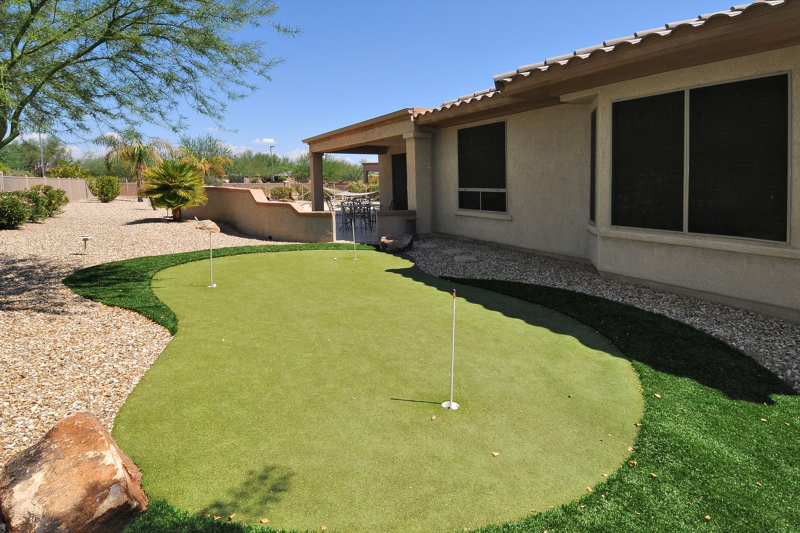 PUTTING GREEN Sun City Grand 15310 W Skyview Way