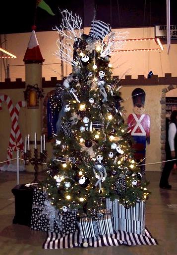 Thursdays: Nightmare Before Christmas tree!