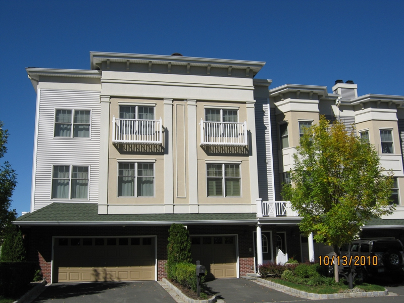 Harbors at Haverstraw Haverstraw New York one floor condos, duplexes and  triplexes studios, 1