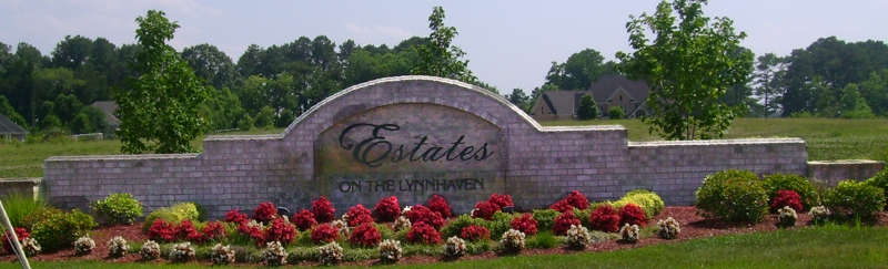 Estates on the Lynhavenn - entrance signn