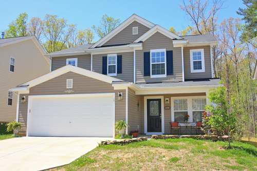 Great Home in Holly Springs!